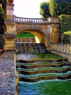 6006PX Fun Place: Waterfall Gardens, Villandry, France