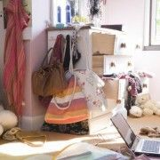 5 Tips to Make Decluttering Easier