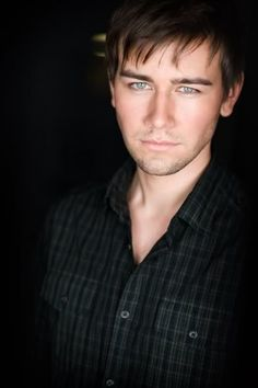 Lets make Torrance Coombs a blonde and a smidge younger looking and I just might have my image of that darn new character from Unforgotten... It's the eyes that get me! ;)