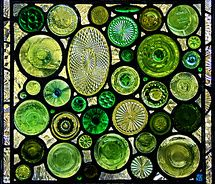 Gorgeous green recycled glass bottle art - stained glass window by Daniel Maher Stained Glass Panels, Stained Glass Art, Mosaic Glass, Leaded Glass, Mosaic Mirrors, Recycled Glass Bottles, Old Bottles, Beer Bottles, Diy With Glass Bottles