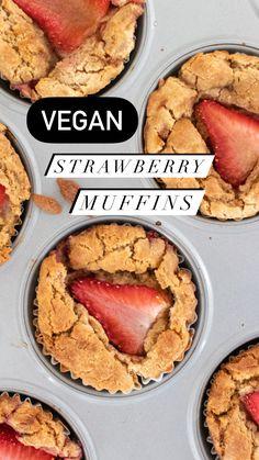 Strawberry Muffins, Lemon Muffins, Green Cleaning, Vegan, Lemon Cupcakes, Vegans, Strawberry Cupcakes