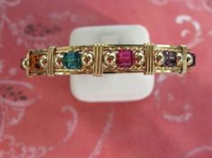 SWAROVSKI CRYSTALS & GOLD Wire Bracelet. by YourNameinGold