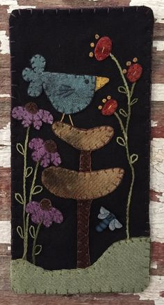 Blue Bird Skinnie Pattern (advanced beginner, wall hanging, banner) - Crafting By Holiday Motifs Applique Laine, Wool Applique Patterns, Penny Rugs, Felted Wool Crafts, Felt Crafts, Banner Crafting, Motifs D'appliques, Penny Rug Patterns, Print Patterns