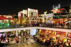 patio bellavista, bellavista es el barrio con el maximo de vida nocturna, santiago de chile