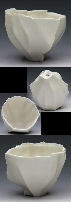 Ayako Matsudaira (Japan, b.1981) | sake bowl.