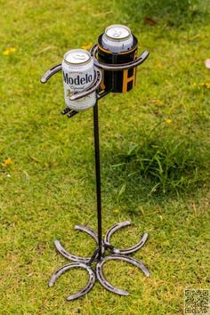 11. #Horseshoe Drink #Holder - 37 Horseshoe Crafts to Try Your Luck with ... → DIY #Brackets