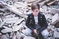 La #fabrica abandonada- Fotografía en #Castellón y #Valencia - #Rock #grafitti #industrial #jeans #kids #fashion #minigentlemen #gentlemen #moda #abandoned