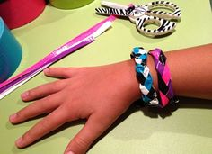 duct tape bracelets kids craft easy #cubscouts ??