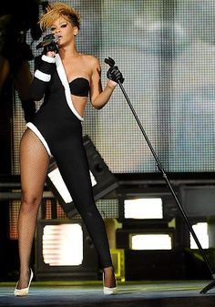 Get the best deal on Rihanna tickets by comparing tickets from all over the web: www.rukkus.com/rihanna-tickets?ref=pinterest