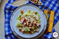Salata Caesar cu piept de pui Cabbage, Tacos, Mexican, Eggs, Vegetables, Breakfast, Ethnic Recipes, Food, Salads