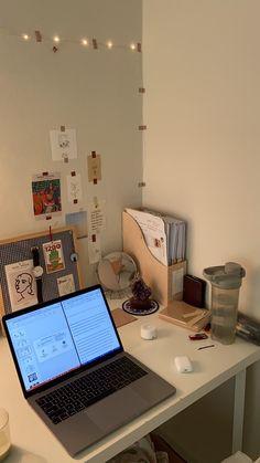 Study Room Decor, Room Setup, Room Ideas Bedroom, Study Space, Study Desk, Study Corner, Desk Inspiration, Uni Room, Aesthetic Bedroom