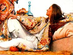Talitha Getty-Love the Vogue photos taken in Marrakech. Talitha Getty, Catherine Baba, Rock The Casbah, Painting Inspiration, Style Inspiration, Vogue Photo, Kimono, Holiday Costumes, Galleries In London