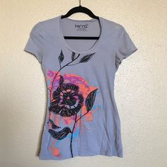 PacSun Graphic Tee PacSun Kirra extremely soft graphic tee. Can be worn to sleep it so soft. PacSun Tops Tees - Short Sleeve