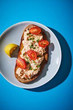 Lazackrém recept | Street Kitchen Avocado Toast, Nutella, Bacon, Street, Breakfast, Kitchen, Food, Bulgur, Morning Coffee
