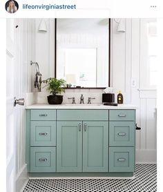 bathroom. home decor and interior decorating ideas.