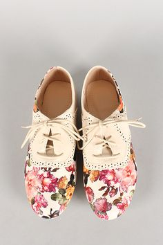 Floral Perforated Lace Up Oxford Flat