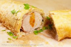 Pork Wellington Stuffed with apricots. Pork Tenderloin Recipes, Pork Recipes, Pork Wellington, A Food, Food And Drink, Main Course Dishes, Crescent Roll Dough, Home Food, Holiday Dinner