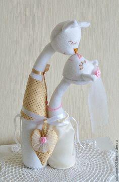 Купить Подарок на свадьбу. Поцелуй. - бежевый, подарок на свадьбу, кот, кот и кошка, подарок молодоженом