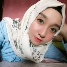 Anjingku menggonggong protes pada situasi, hatiku melolong protes pada kamu #komunitas_hijab_indonesia #hits #hijabercantik #hijabootdindo #kocak #bidadariselfie #inoengaceh #dagelan #hijabersindonesia #hijabers_indonesia #hijabersmagazine #diaryhijaber #dailyhijabindo #acehcantik #hijaberscommunity #kekinian #hijabers #wanitaberhijab #selfie #like #follow #fff #lfl