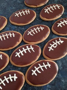 Aussie Rules biscuits kids can make. Wrong colour but great idea. Made with milk arrowroot biscuits.