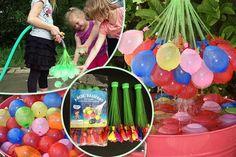 Vul 111 Magic waterballonnen met water binnen een minuut! Hou jij ook zo graag een watergevecht met ballonnen, maar vind je het veel werk om alle waterballonnen op te blazen? Magic Balloons maakt het een stuk eenvoudiger! Hiermee vul je 111 waterballonnen met water, binnen een minuut. Ze zitten bovendien meteen dicht, zodat je ze niet meer dicht hoeft te knopen.  Magic Balloons zitten verpakt in bundeltjes van 37 stuks, je vult ze dus per 37.   Het werkt heel eenvoudig: draai de Quick…