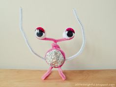 Pipe Cleaner Aliens - Pipe cleaners, Googly eyes and Foil