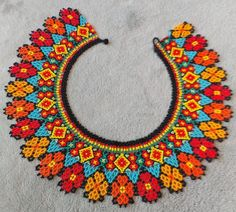 Handmade all beaded Embera necklace. From the indigenous culture in the center of Colombia Seed Bead Necklace, Seed Bead Jewelry, Beaded Jewelry, Beaded Necklace, Beaded Flowers Patterns, Bead Loom Patterns, Beading Patterns, Diy Fabric Jewellery, Huichol Art