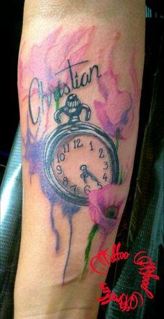 Reloj con flores en watercolor