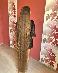 Really Long Hair, Super Long Hair, Beautiful Long Hair, Gorgeous Hair, Beautiful Redhead, Beautiful Ladies, Edwardian Hairstyles, Long Hair Models, Silky Hair