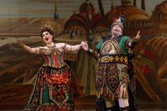 MICHELE McCONNELL as Carlotta and EVAN HARRINGTON as Piangi Photo: JOAN MARCUS