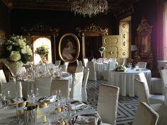 La sala dei promessi sposi allestita per un ricevimento