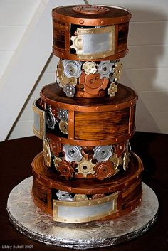 That is so crazy!!! steampunk cake it looks so real..that that's really a cake.