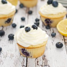 Lemon Blueberry Cupcakes {Sweet Pea's Kitchen}