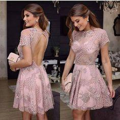Precioso vestido para una ocasión especial. #moda #estilo #tendencias #fashion #style #trendy #eveningdress