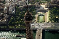 Architecture  http://www.gettyimages.ca/detail/photo/eiffel-tower-and-the-palais-de-chaillot-high-res-stock-photography/507926876  eiffel-tower-and-the-palais-de-chaillot-place-du-trocadero-7th-and-picture-id507926876 (505×341)