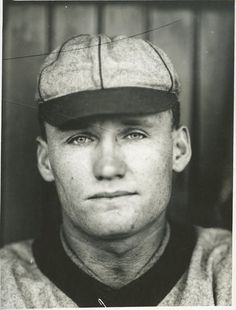 Walter Johnson Type 1 Paul Thompson photo used for his t205 card