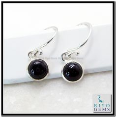 Black onyx Fine 925 sterling silver Earring for Modern style and patter available at www.riyogems.com Riyo Gems
