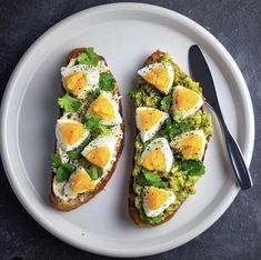 toast: homemade artisan bread toasted and topped with majesticgarlic hummus + cilantro + boiled eggs + salt & pepper. The other has mashed avo + cilantro + boiled eggs + olive oil + salt & pepper. Healthy Meal Prep, Healthy Snacks, Healthy Eating, Healthy Recipes, Diet Recipes, Vegetarian Recipes, Salmon Recipes, Potato Recipes, Pasta Recipes