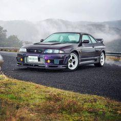 Nissan Skyline Gtr R33, Nissan R33, R33 Gtr, Tuner Cars, Jdm Cars, Car Memes, Drifting Cars, Cars And Coffee, Japanese Cars