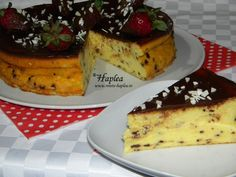 pasca fara aluat cu fulgi de ciocolata poza 13 Romanian Food, Romanian Recipes, Easter Pie, Dough Recipe, Cakes And More, French Toast, Deserts, Cooking Recipes, Sweets