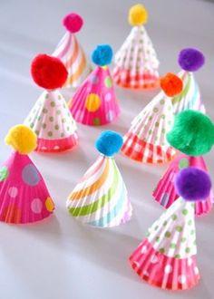 diy-deco-table-Noel-mini-sapins-Creamalice Noel Christmas, Christmas Crafts, Xmas, Christmas Toilet Paper, Deco Table Noel, Diy Scrapbook, Scrapbooking, Joy, Diy Crafts