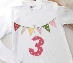 "Long sleeve shirts - Birthday shirt ""pennant"" number - a unique product by Wichtelland on DaWanda - - Sewing Projects For Kids, Sewing For Kids, Diy For Kids, Love Sewing, Baby Sewing, Freehand Machine Embroidery, Diy Back To School, Diy Presents, How To Make Shorts"