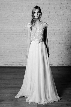 Rochie Nadine - Oana Nutu Blue Bridal, Bridal Style, Modern Fashion, Fashion Design, Fashion Trends, Embroidered Silk, Designer Collection, Formal Dresses, Wedding Dresses