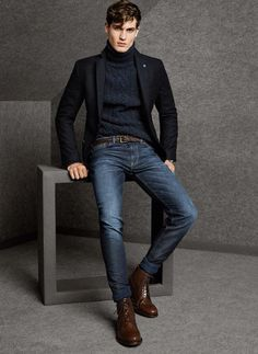 Turtle Neck, blazer, jeans and boots - classic winter/fall look