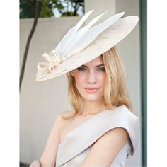 Google Image Result for http://www.youandyourwedding.co.uk/cm/youandyourweddinguk/images/Gina-Foster-cream-hat-with-white-feathers-15304657.jpg