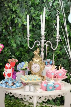 Alice in Wonderland themed birthday party: The Lovely Treats