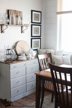 Farmhouse Home Diy Style:: tons of makeover projects and ideas on this site www.thewoodgraincottage.com