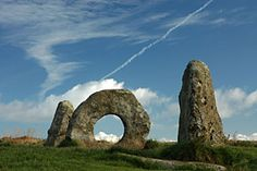 An unusual and attractive Cornish site, the Mên-an-Tol is believed to belong to the Bronze Age, thereby making it around 3,500 years old, though little evidence has been found. It consists of four stones, the most memorable being the circular and pierced upright stone