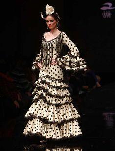 Victorian, Dresses, Fashion, Ruffles, Polka Dots, Walkway, Costumes, Style, Vestidos