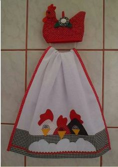 Paño Dish Towels, Hand Towels, Sewing Hacks, Sewing Crafts, Quilting Projects, Sewing Projects, Towel Dress, Chicken Crafts, Crochet Towel